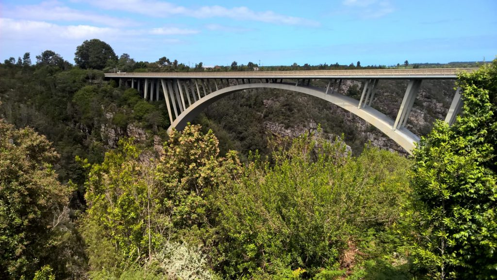 De mooiste roadtrips | Tuinroute | Bloukrans brug