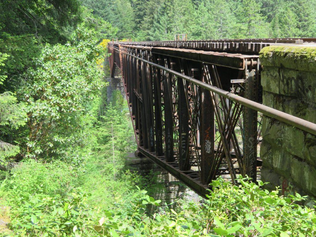 Route Camperreis West-Canada | Goldstream Provincial Park | Goldstream Trestle Trail