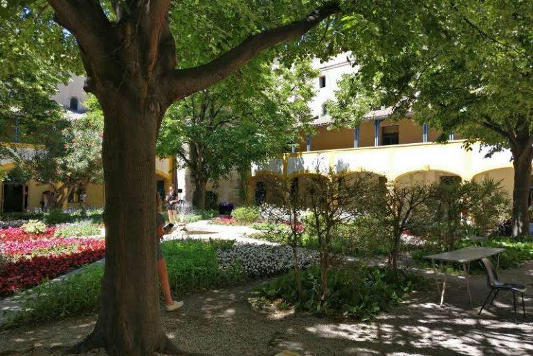 Hôpital à Arles | Vincent van Gogh