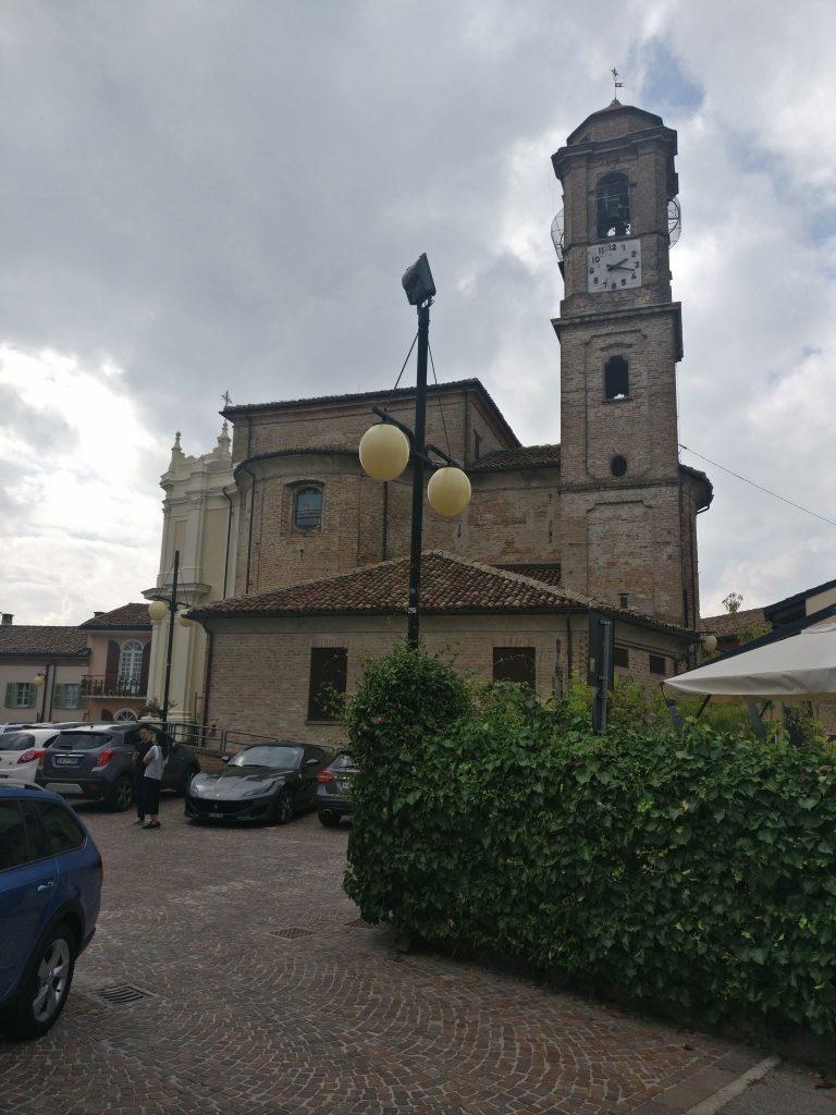In Barbaresco vind je ook een uitkijktoren