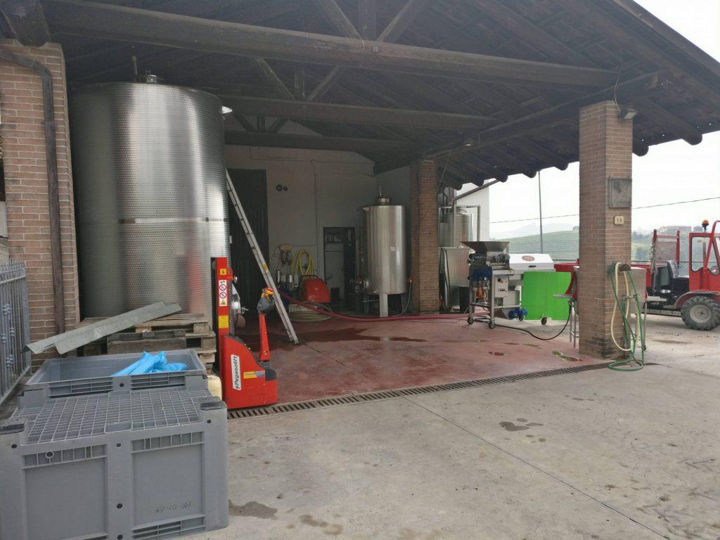 Rondleiding bij Grappa distillerie Beccaris | Costigliole d'Asti