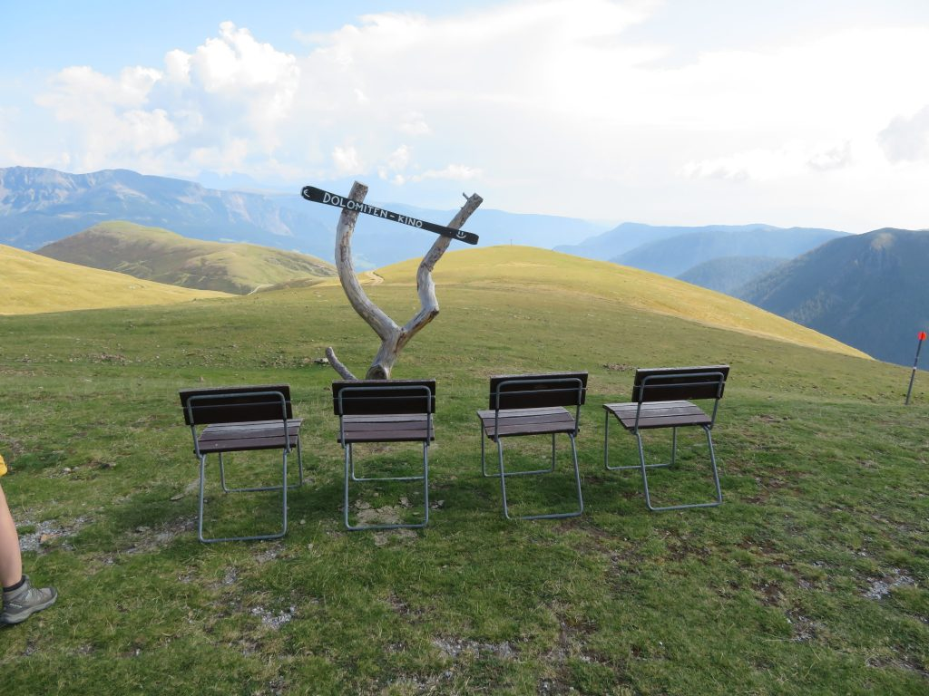 Dolomiten Kino | Bioscoop | Panorama | Merano 2000 | Mittager Hütte