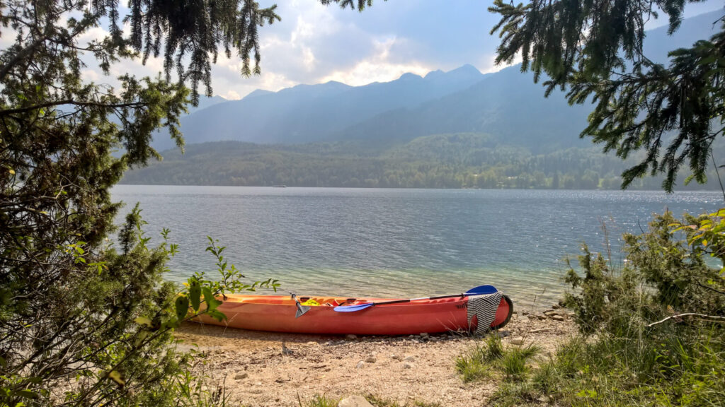 Bijzondere bestemmingen in Europa buiten de gebaande paden | Bohinjsko Jezero | Lake Bohinj
